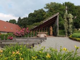 Arboretum Wojsławice - Kaplica św. Franciszka_2015.06.27 AW_HGN
