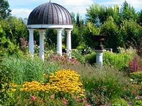 Kapias - Ogrody do zwiedzania - Ogród Romantyczny - lato
