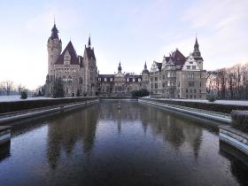 Park przyzamkowy w Mosznej